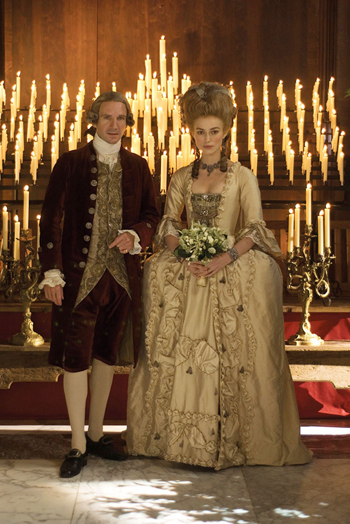Keira Knightley (Georgiana), Ralph Fiennes (The Duke)