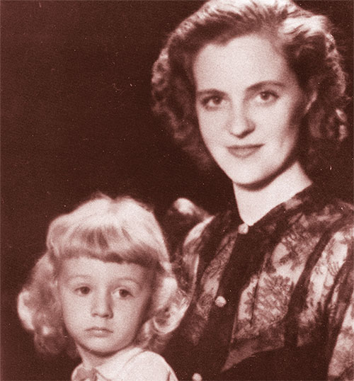Queen Geraldine of the Albanians (1915-2002) with her son Prince  Leka. (Top) On 27 April 1938 Geraldine Apponyi married King Zog of Albania. Benito Mussolini's foreign minister Count Ciano (left) acted as witness. A year later Italy invaded Albania and Zog and Geraldine fled into exile.